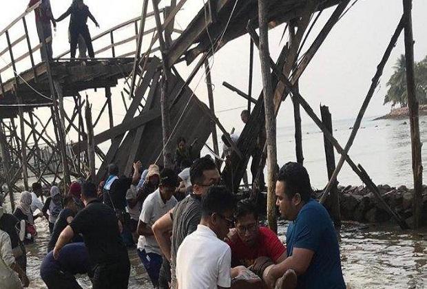 Jembatan di Montigo Resorts Batam Roboh, Sejumlah WNA Dilarikan ke RS