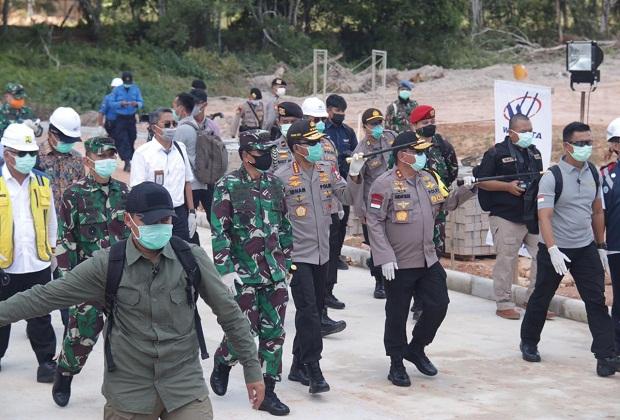 Kapolri dan Panglima TNI Berserta Rombongan Kunjungi RS. COVID-19 Galang Kota Batam